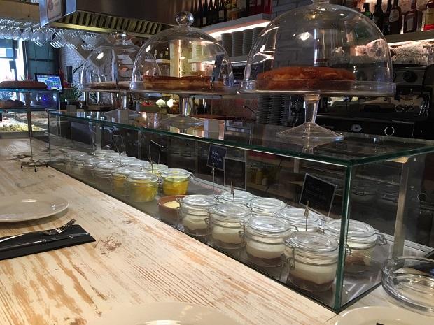 vitrinas-movilfrit-restaurante-casa-lola-via-laietana-barcelona-v10