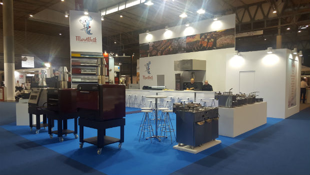 movilfrit-hostelco-dia1-stand