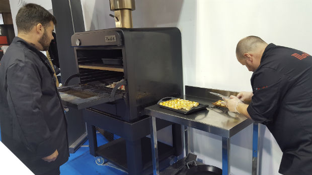 movilfrit-hostelco-dia3-showcooking-chefs