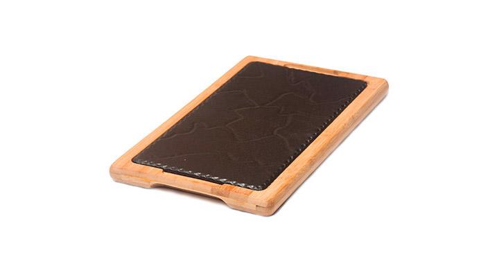 Plato de Hierro fundido con soporte de madera